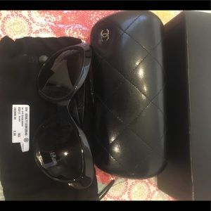 New authentic Chanel sunglasses which box and tag